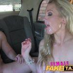 Motorista de Taxi Fodendo com Passageiro Roludo HD